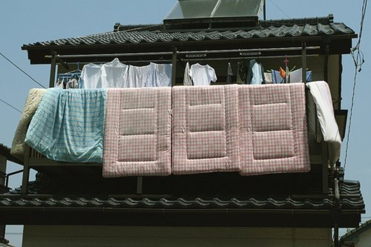 Shikibuton Buyer's Guide: The Traditional Japanese Futon Mattress