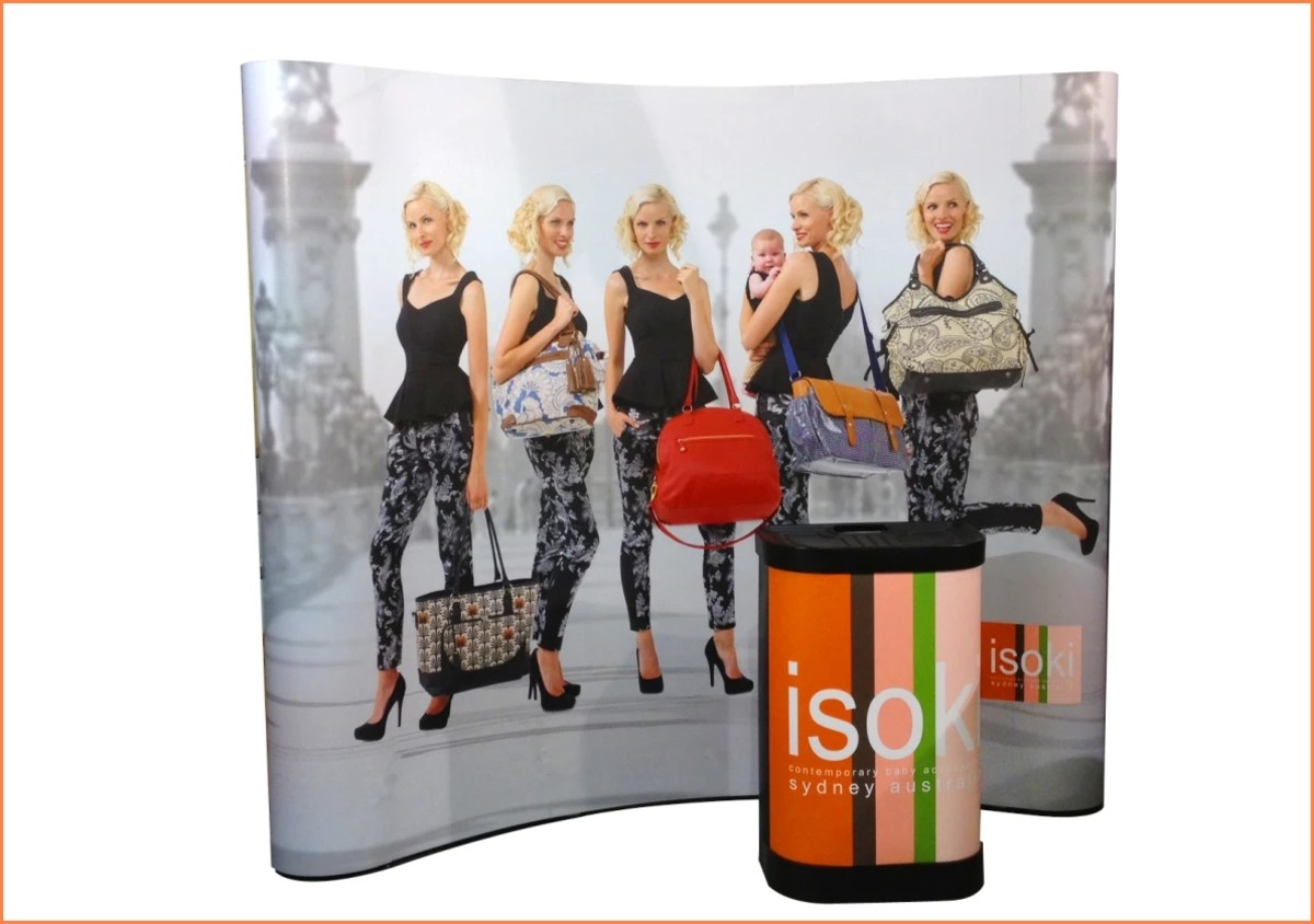 A curved pop up booth back wall is a simple to assemble kit providing an eye-catching and inexpensive backdrop.