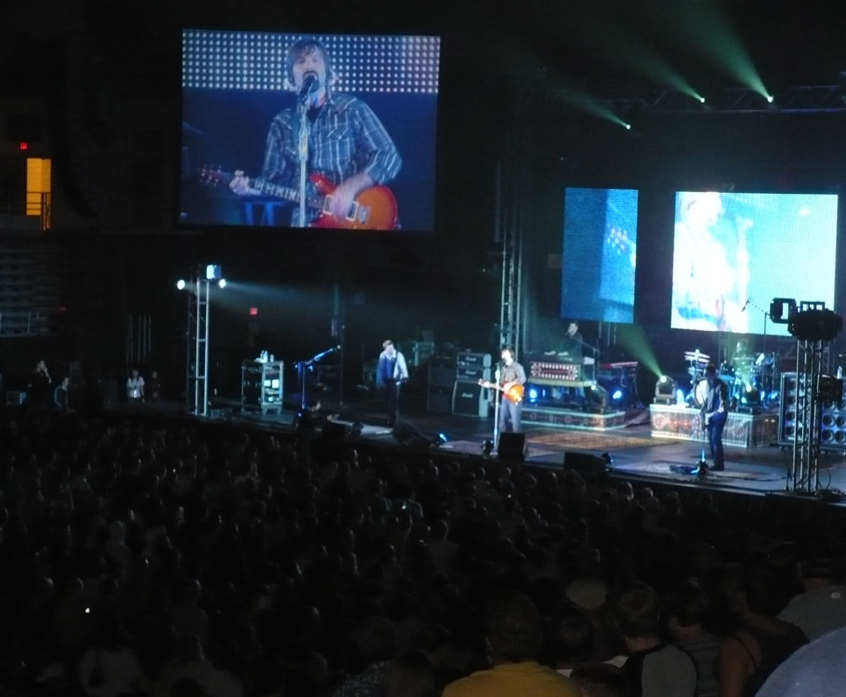 Third Day in concert.