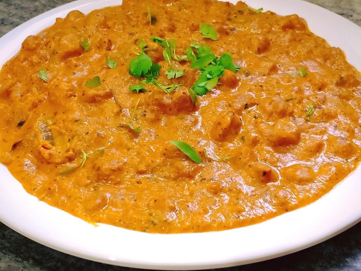 Indian-Style Soya Makhani Masala Curry