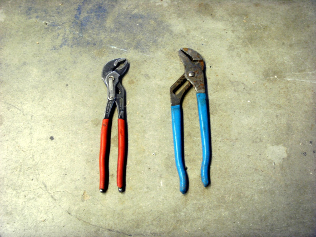 Knipex (red) and other brand (blue) water pump pliers.