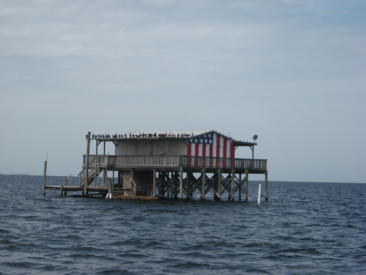 Gulf stilt houses historic fishing lodges for Key city fish