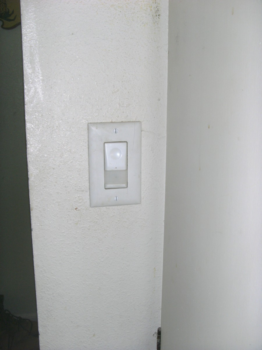 Installing or Replacing a Light Switch
