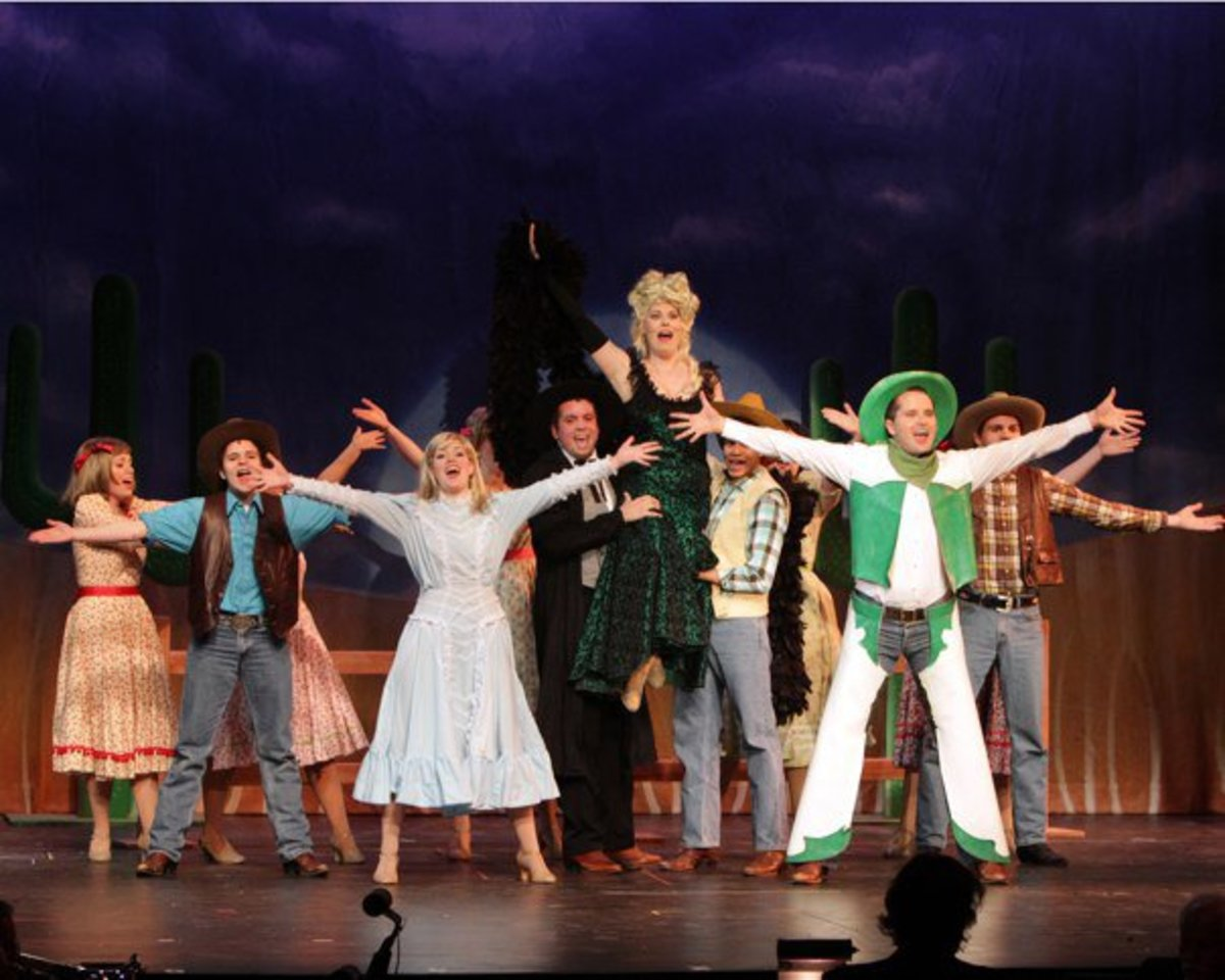 """The Des Moines Playhouse's production of """"Curtains."""""""