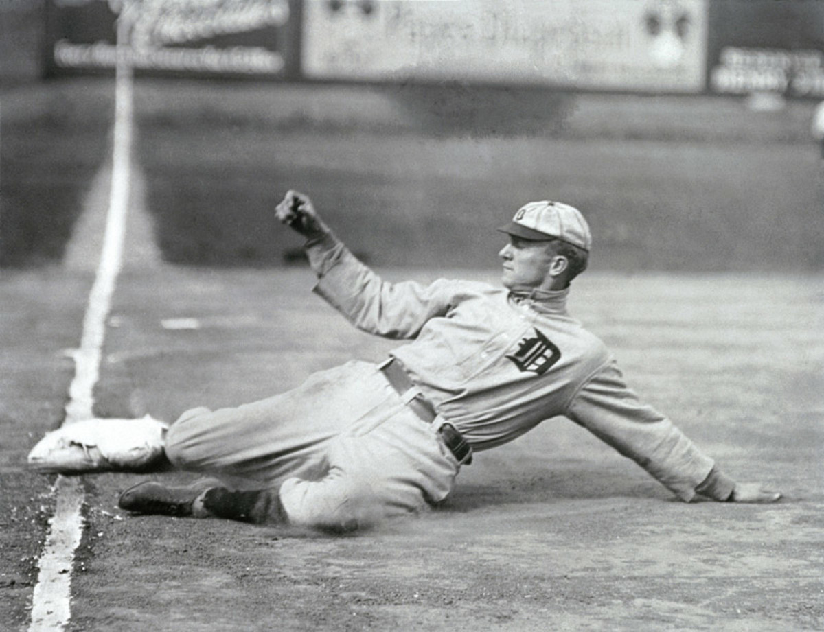 The 8 Best Baseball Hitters of All Time