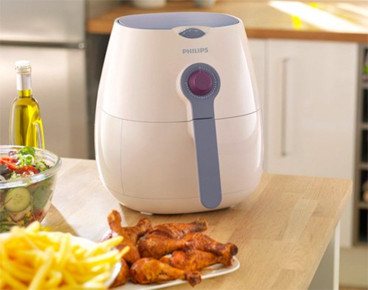 The Philips Airfryer No Fat Fryer can help you make healthier versions of your favorite foods!
