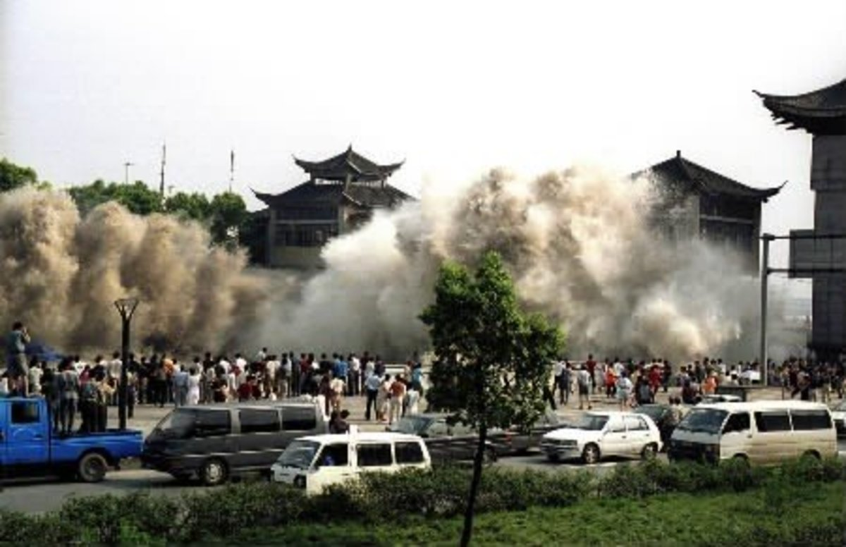 What Are the Effects of a Tsunami?