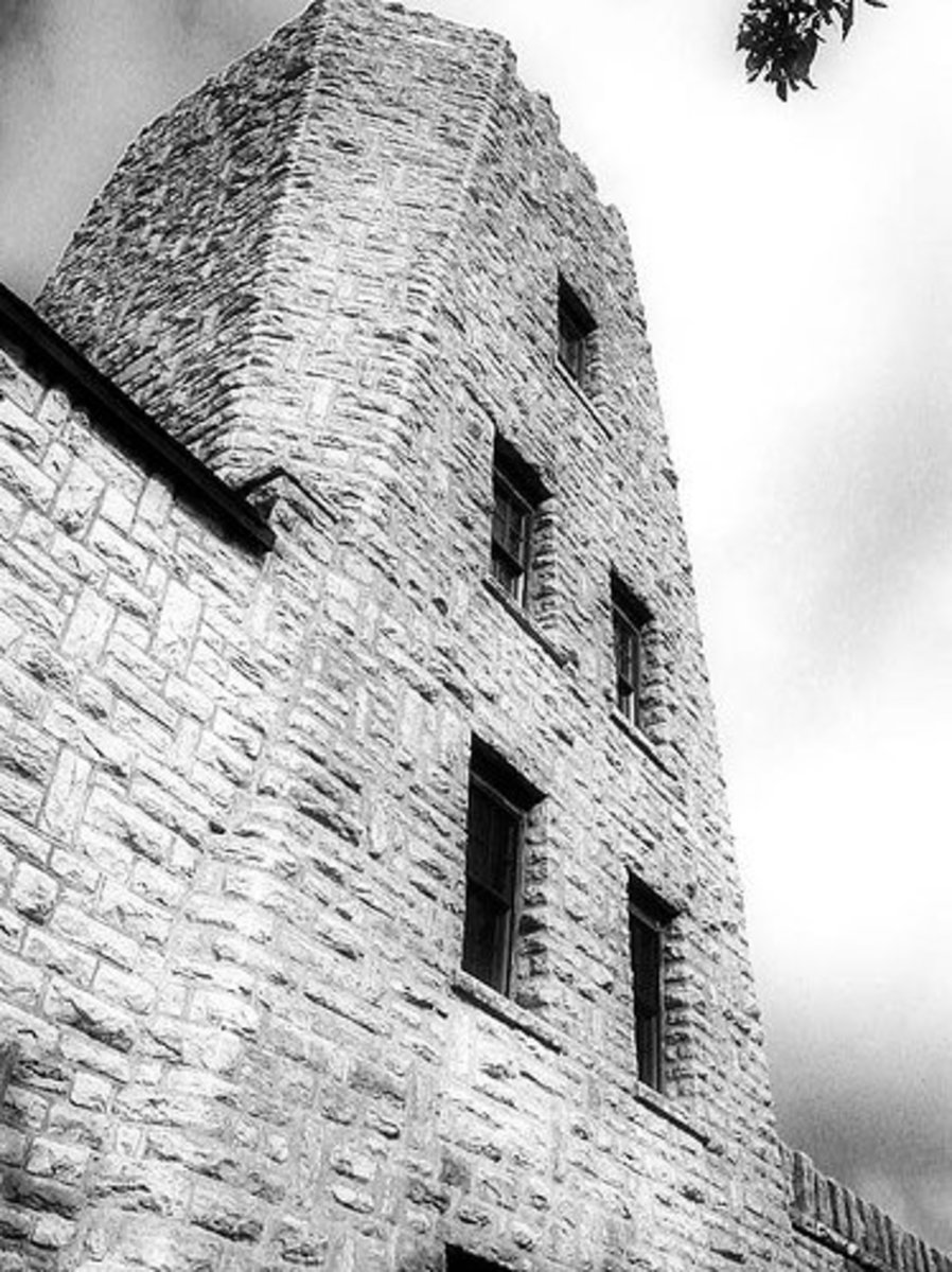 Castles in Oklahoma: Tucker Tower at Majestic Lake Murray