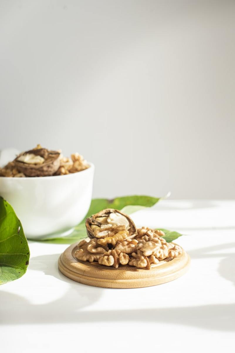 How to Eat Walnuts?
