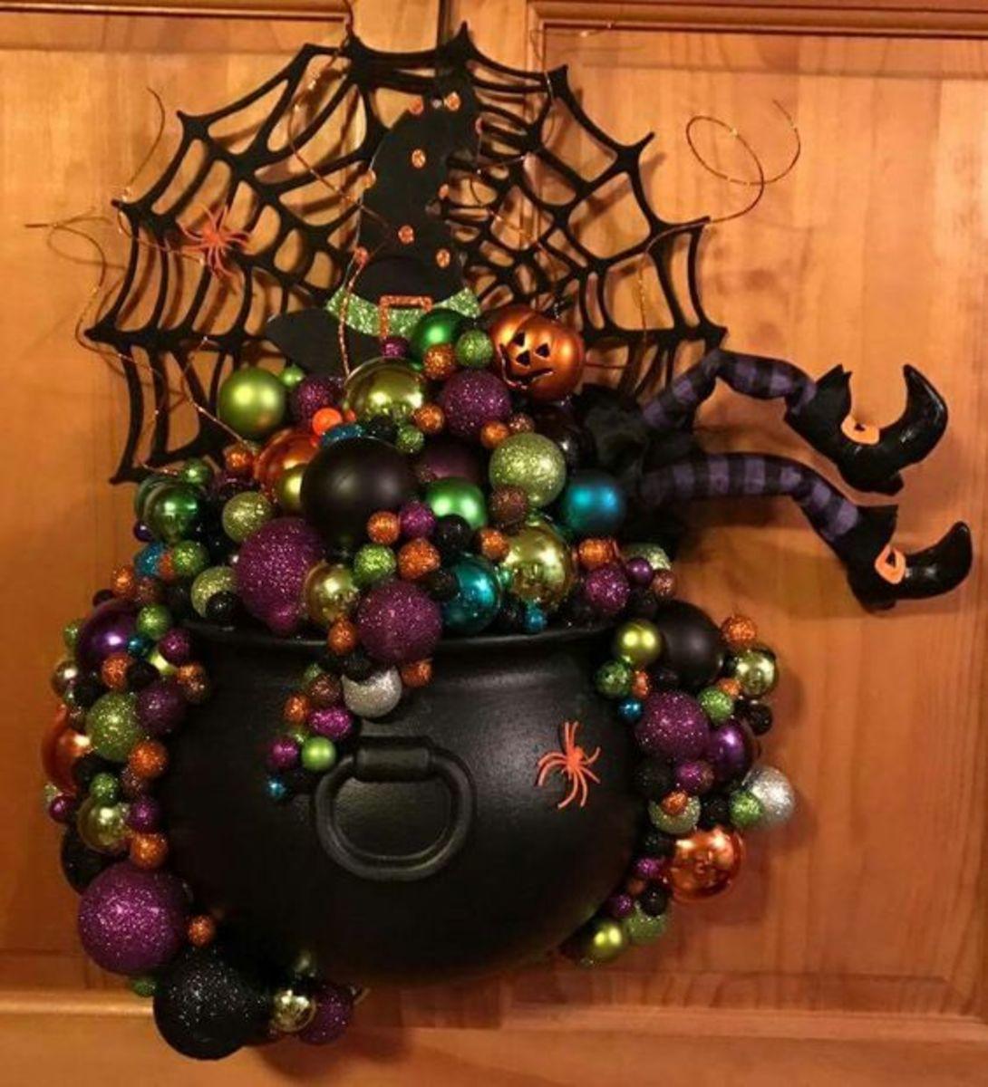 halloween-wreaths-for-front-door