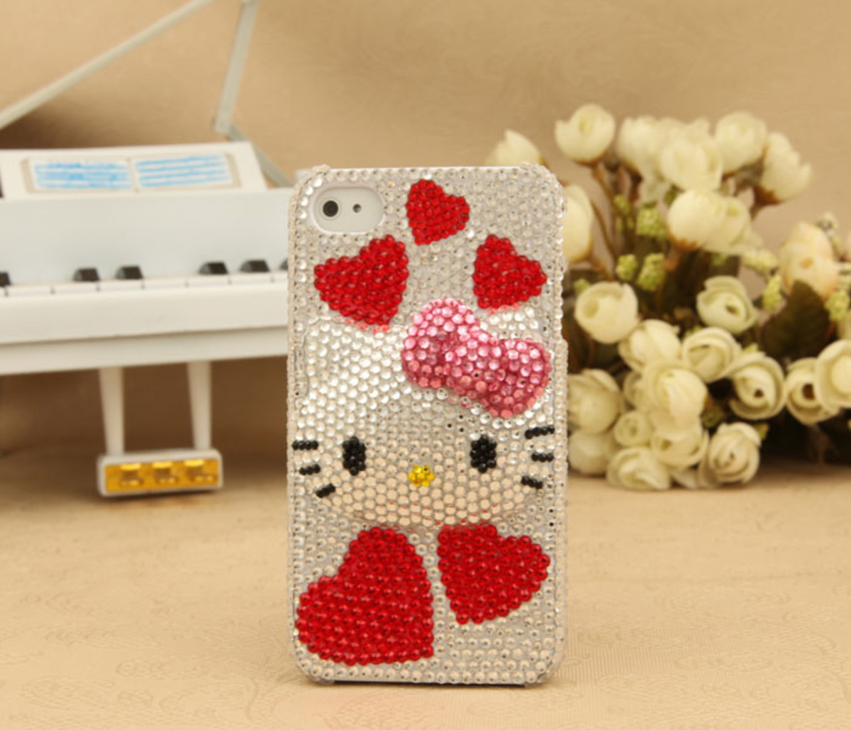 iPhone and iPod Hello Kitty Bling Red Hearts Crystals Back Case