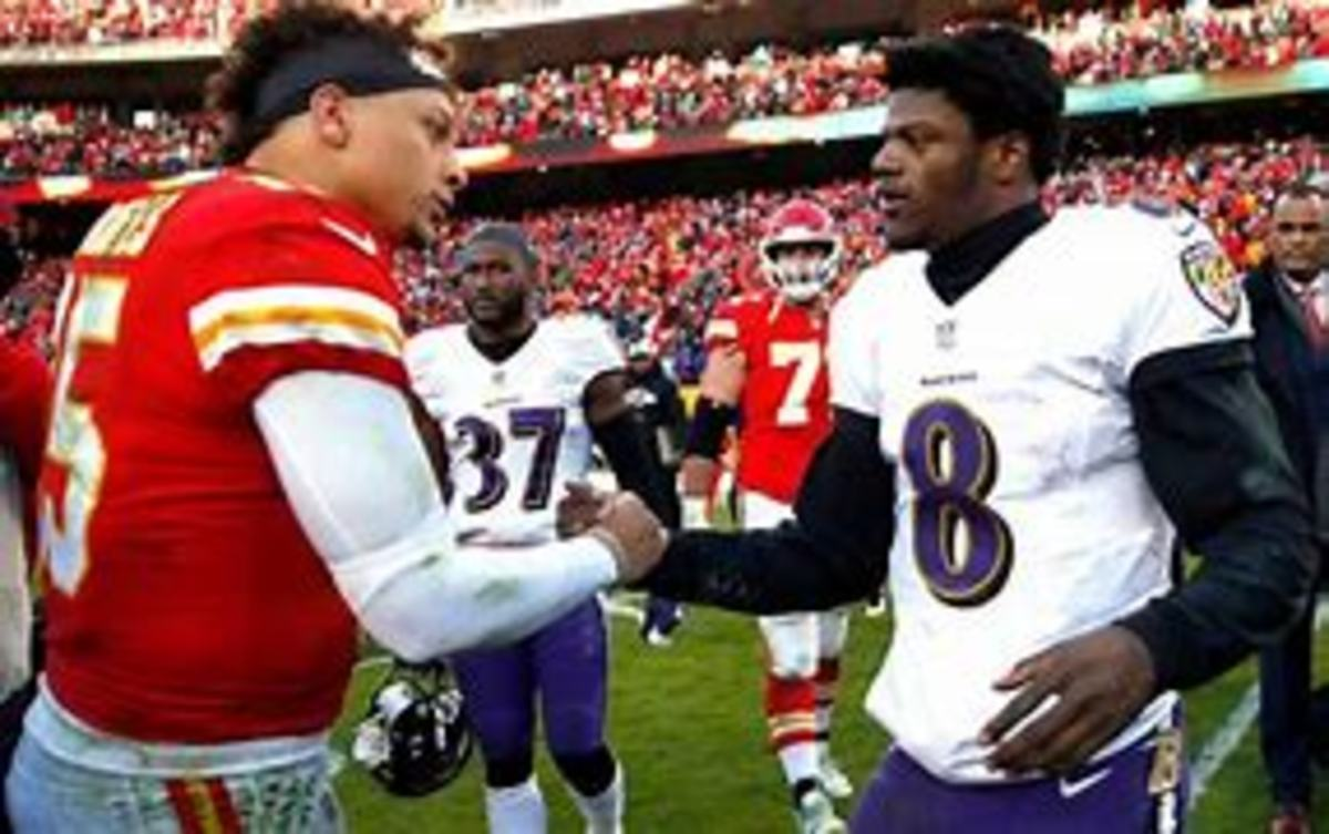 Patrick Mahomes and Lamar Jackson faced off Sunday. Ravens snuck away with the victory!!!