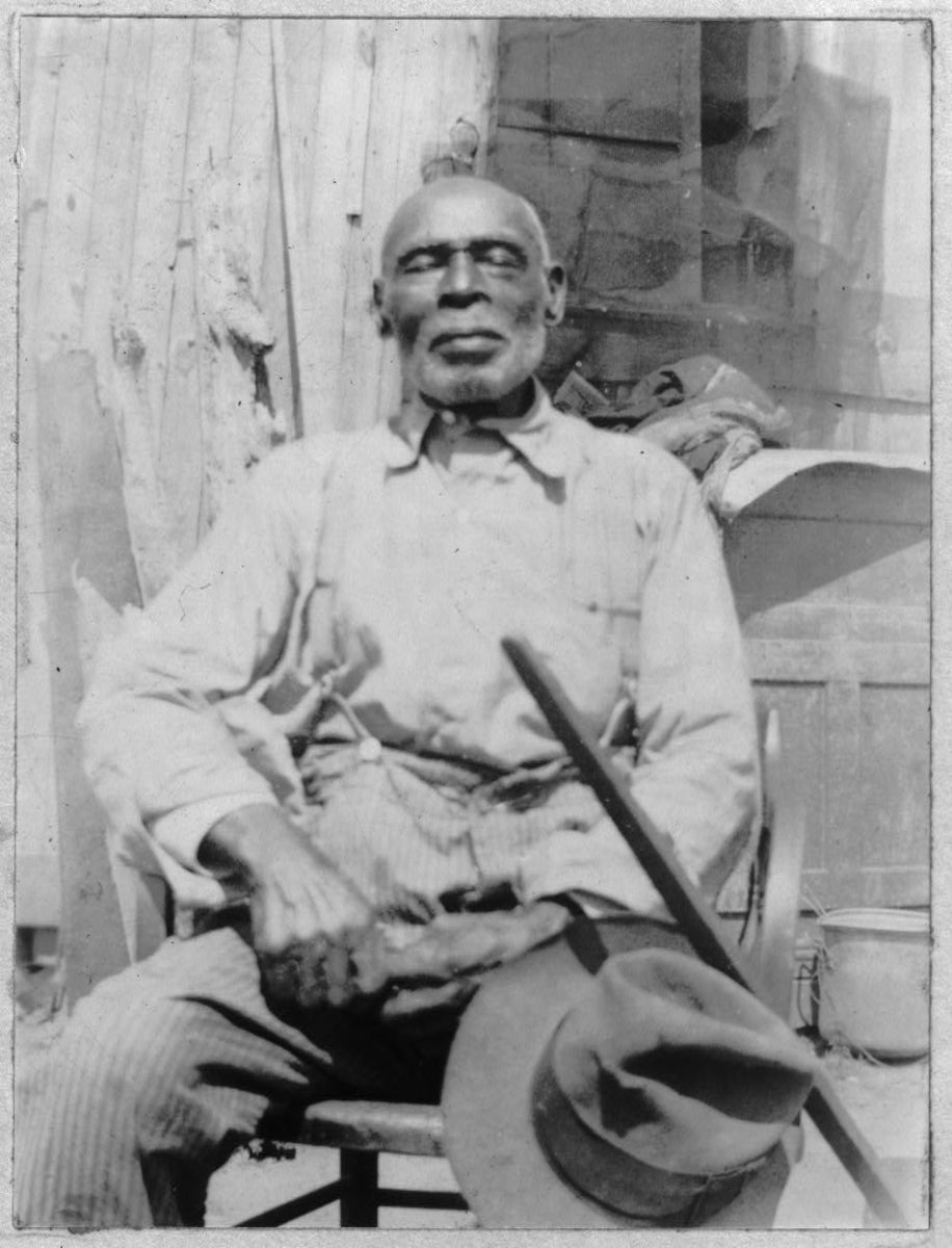 Elbert Hunter was one of the interviewees; seen here in North Carolina at the age of 93.