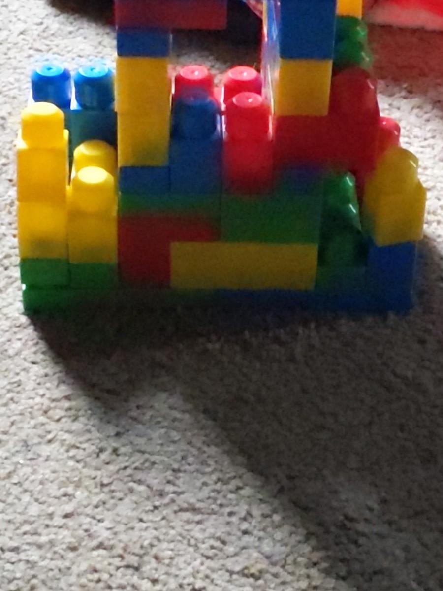 mega-blocks-building-outside-the-regular-lego-brand