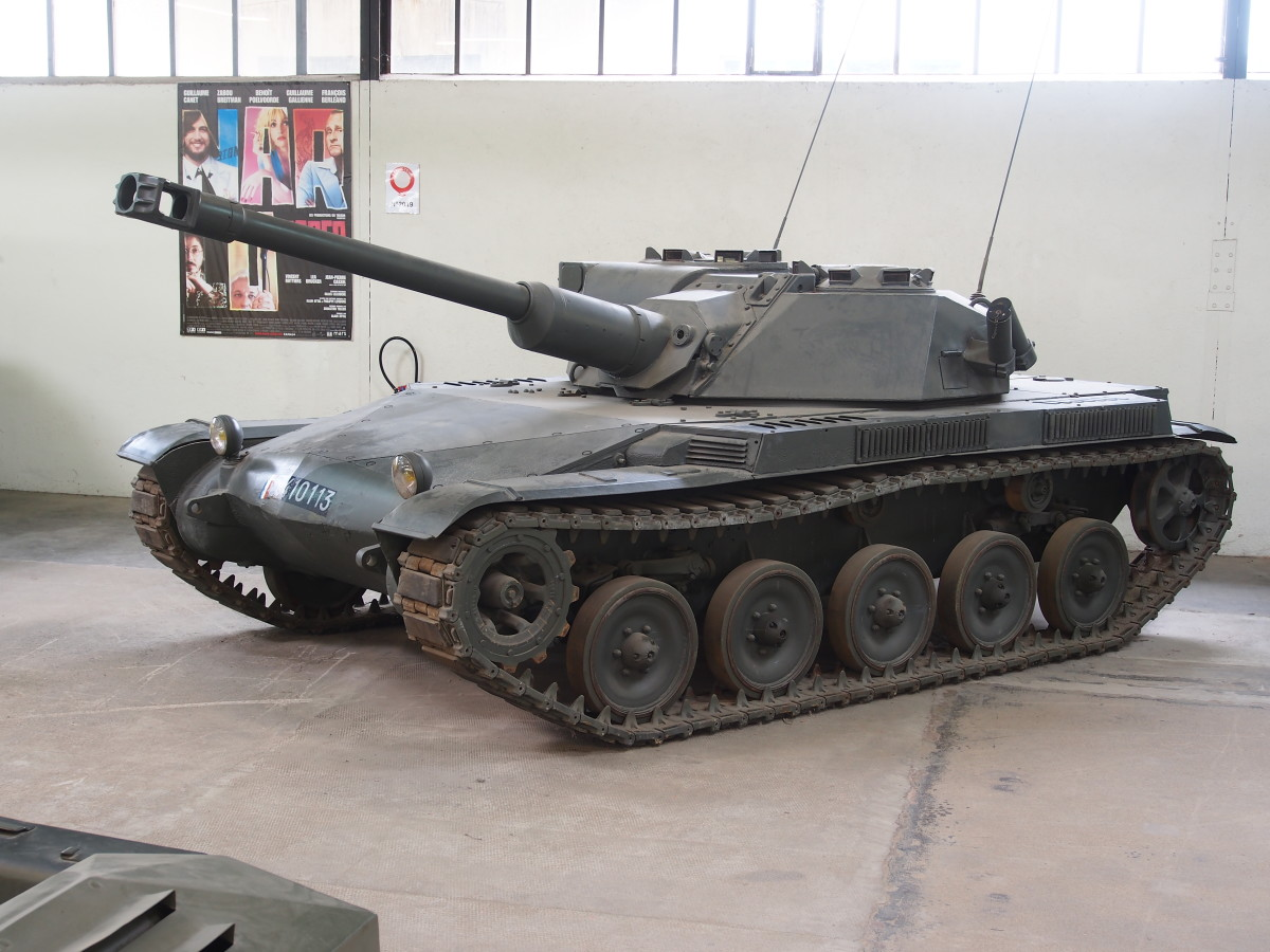The 90mm-armed version with both crewmembers in the turret