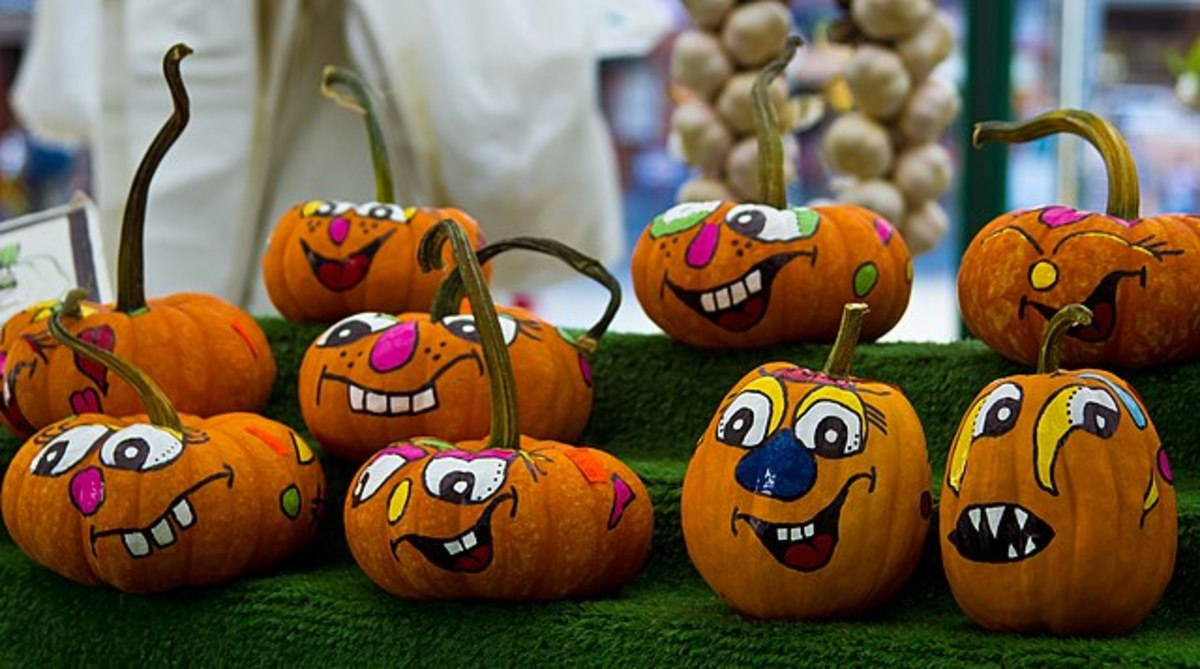 Aren't these painted pumpkins amazing?