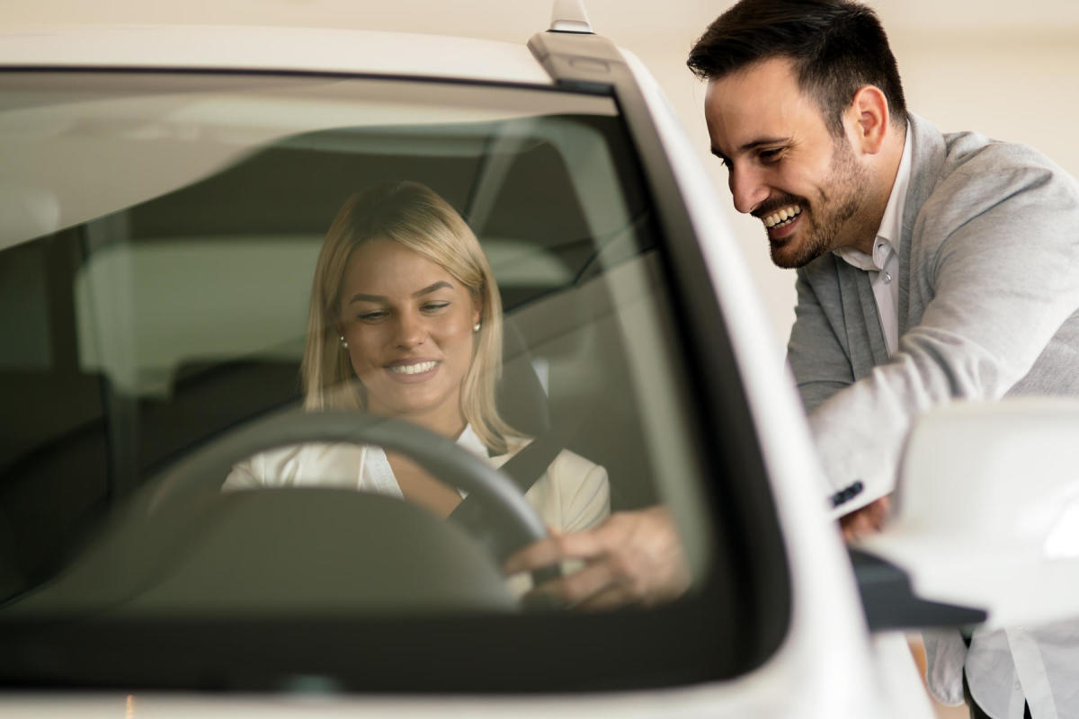 how-to-shop-for-a-car-depending-on-your-needs-age-and-family
