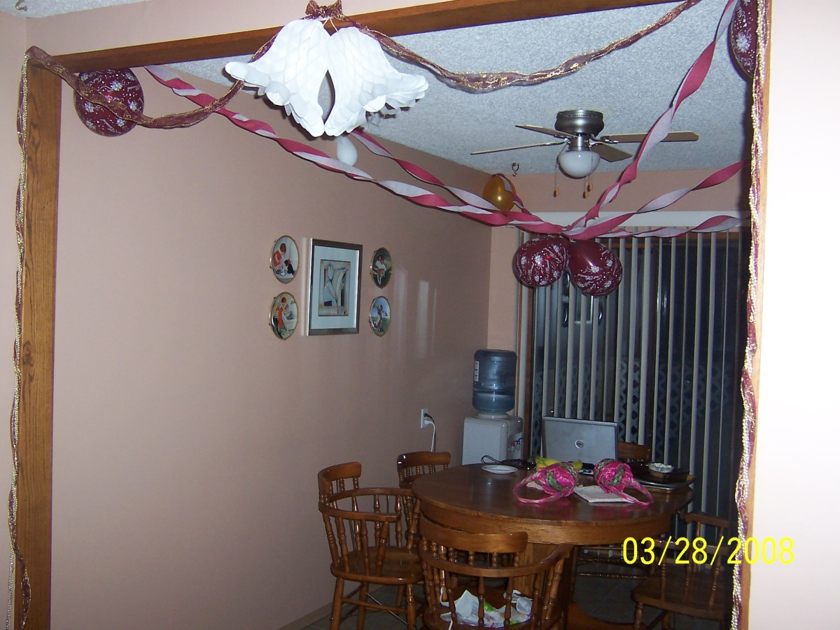 My sister's dining room where we got our food.