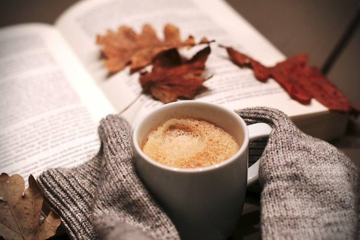 earthy-colors-hot-chocolate-and-jack-o-lantern-time