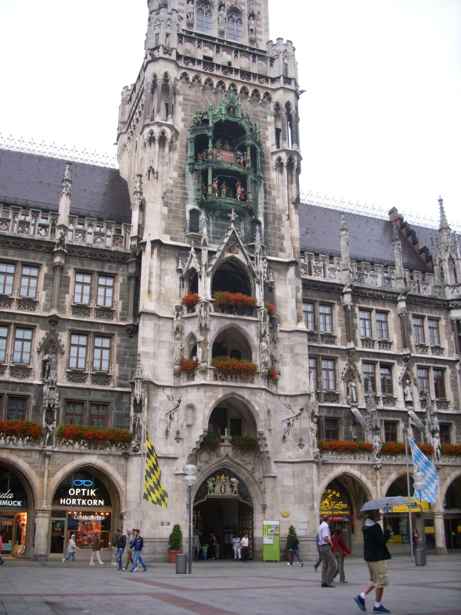 Neues Rathaus (New Town Hall) where the Glockenspiel is located, Munich, Germany