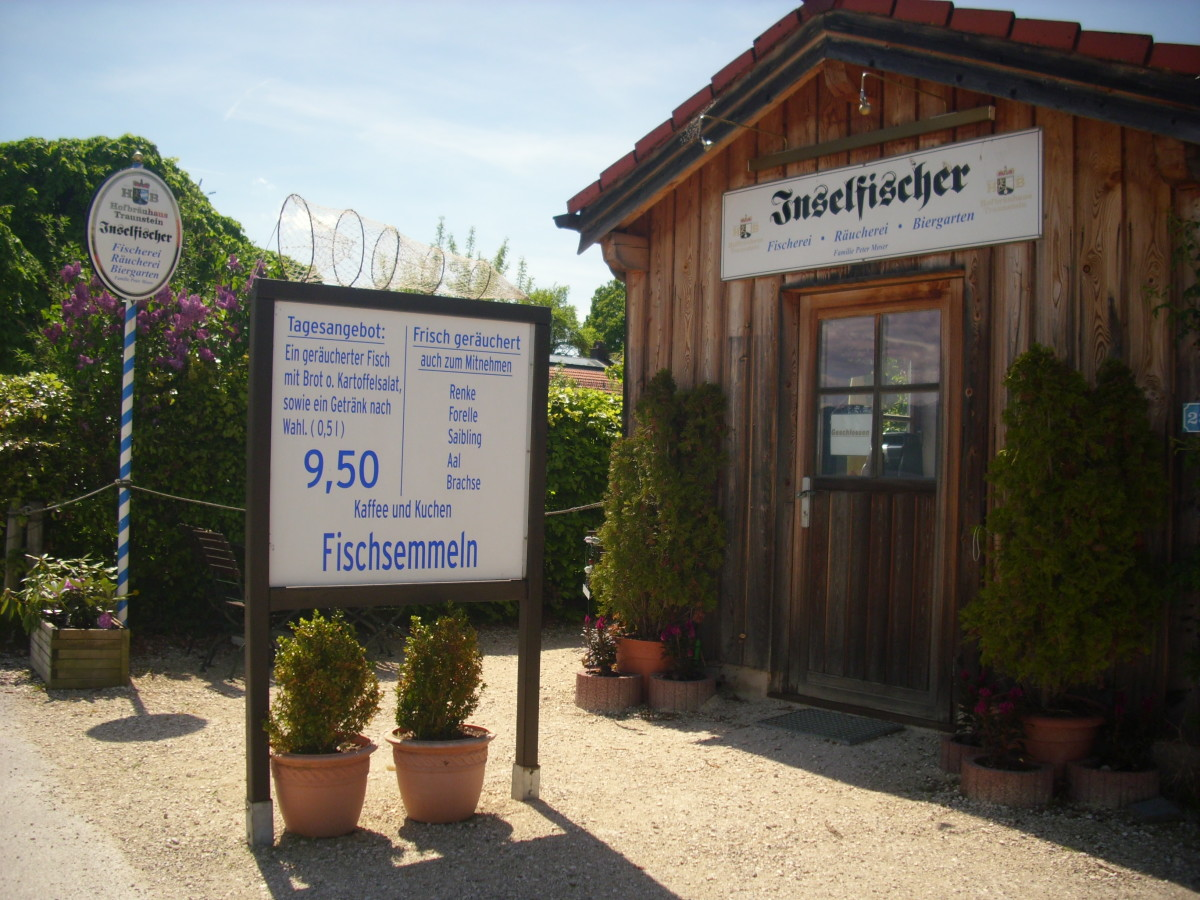 Inselfischer Biergarten (Island fisher beer garden) where you can have your meals, beers, cakes, coffees and buy smoked fish of different kinds like salmon and ale for taking home.