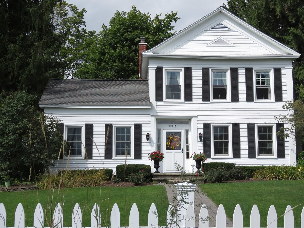 Important Items to Check Before Buying a House