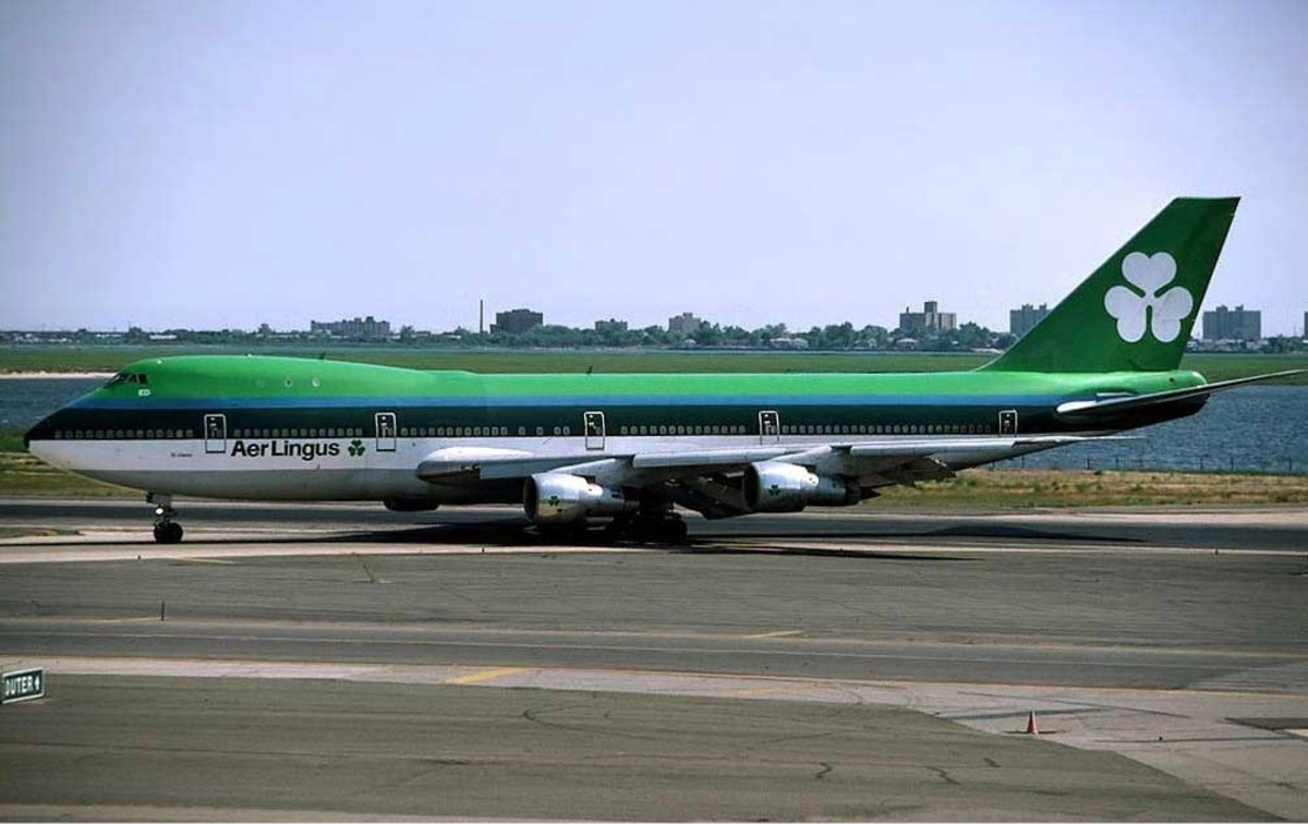 An Aer Lingus Boeing 747-100, 1993.