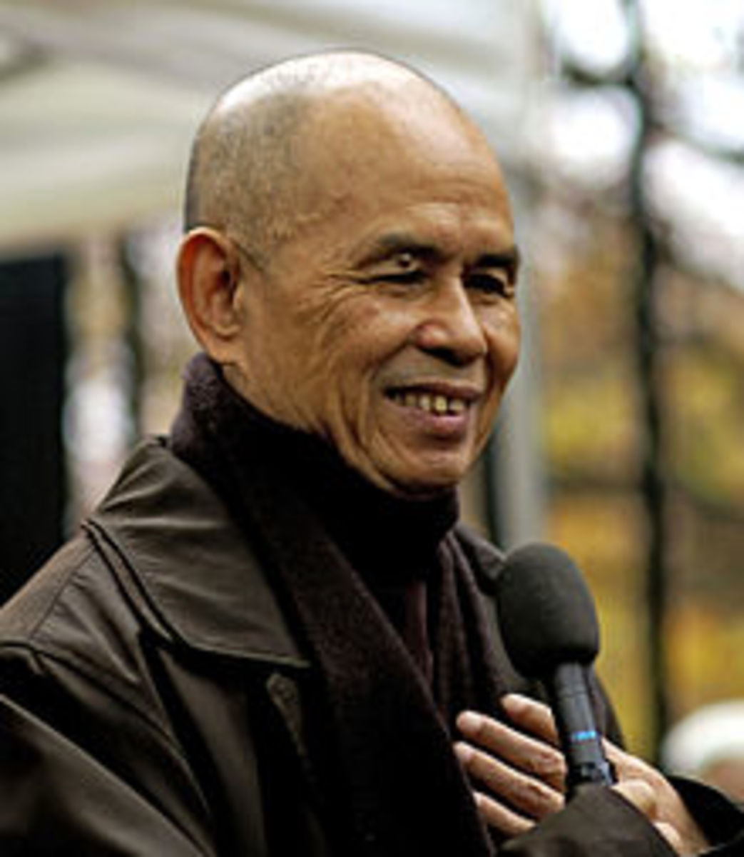 Thich Nhat Hanh in Paris in 2006.