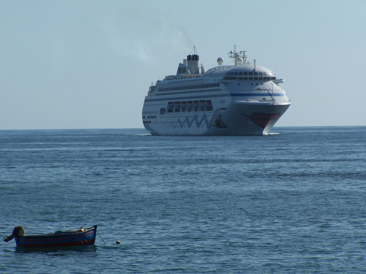 Cruising to Madeira