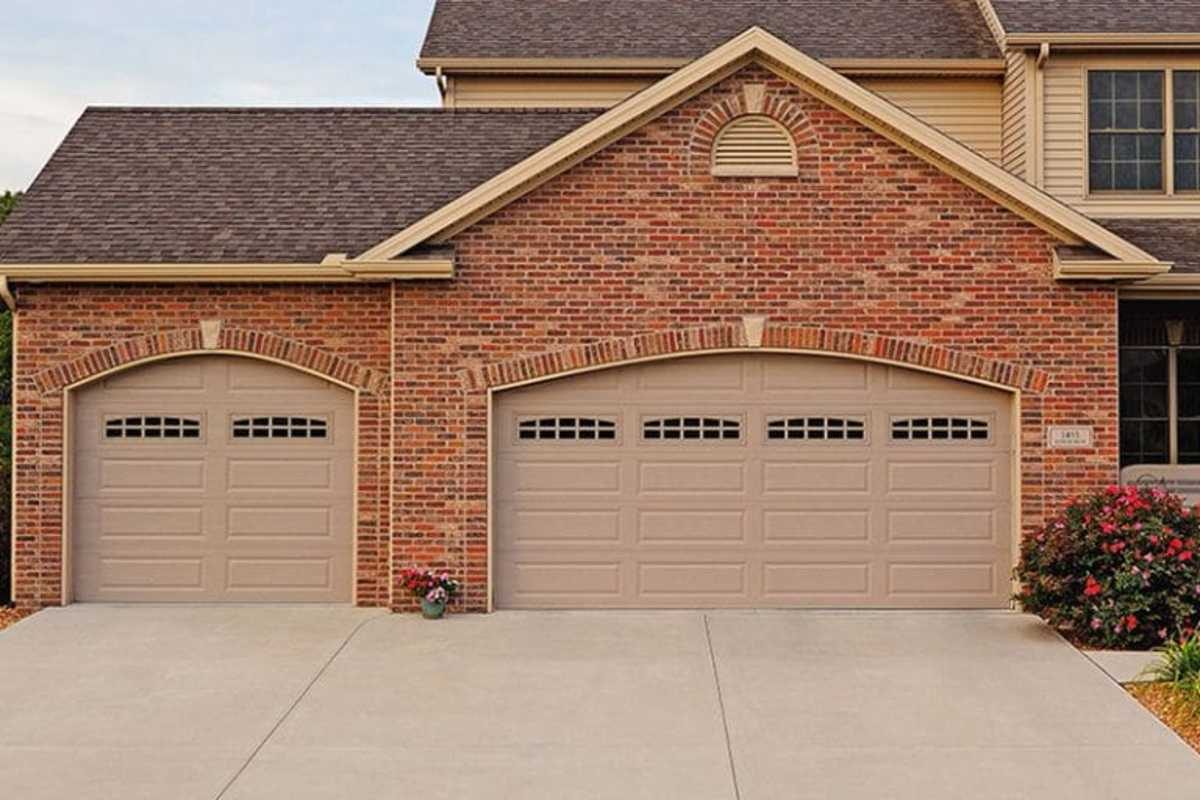 In colder climates, uninsulated garages can lead to water freezing, and this can cause the concrete to crack.