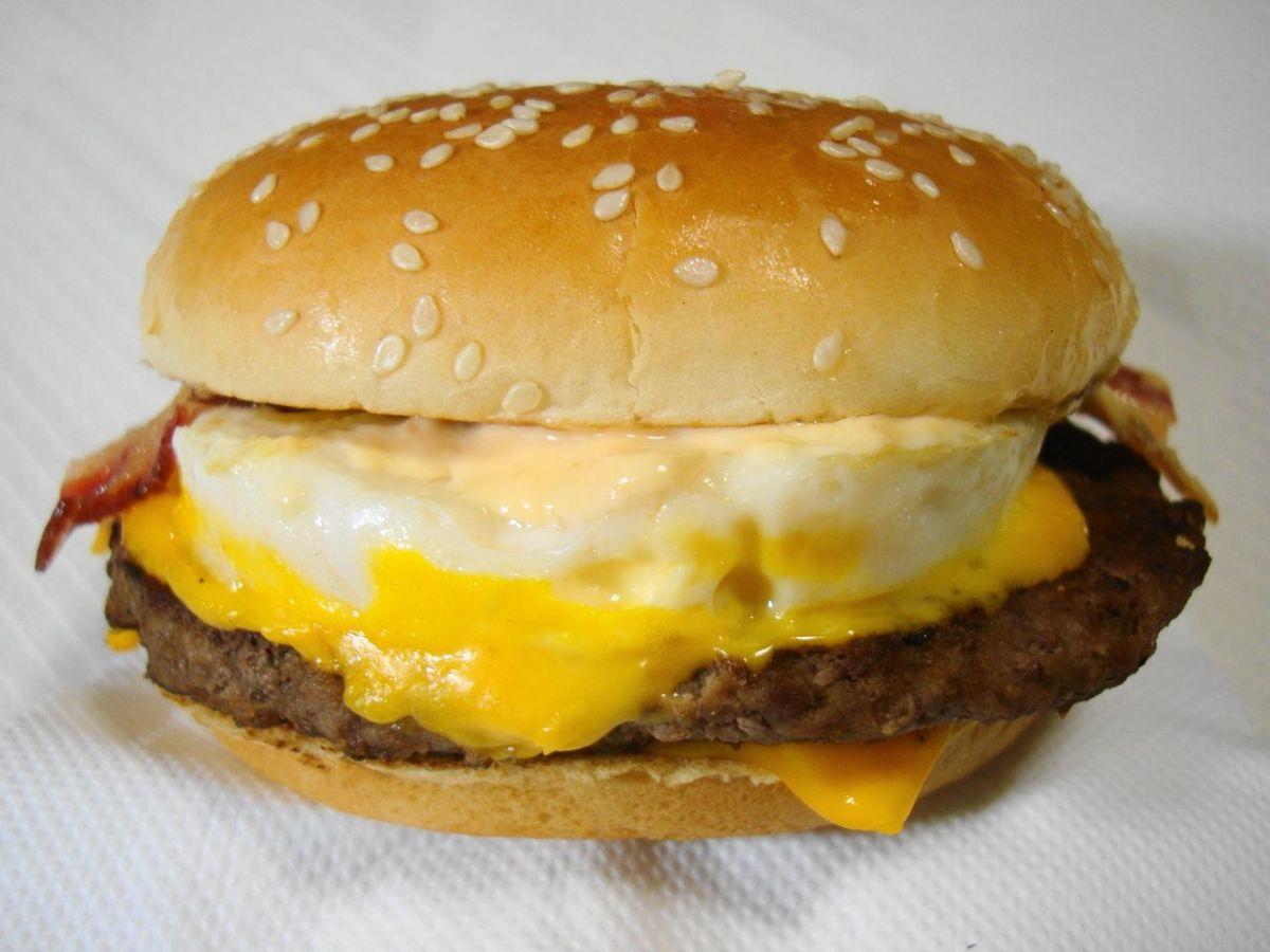 McDonald's Tsukimi Burger