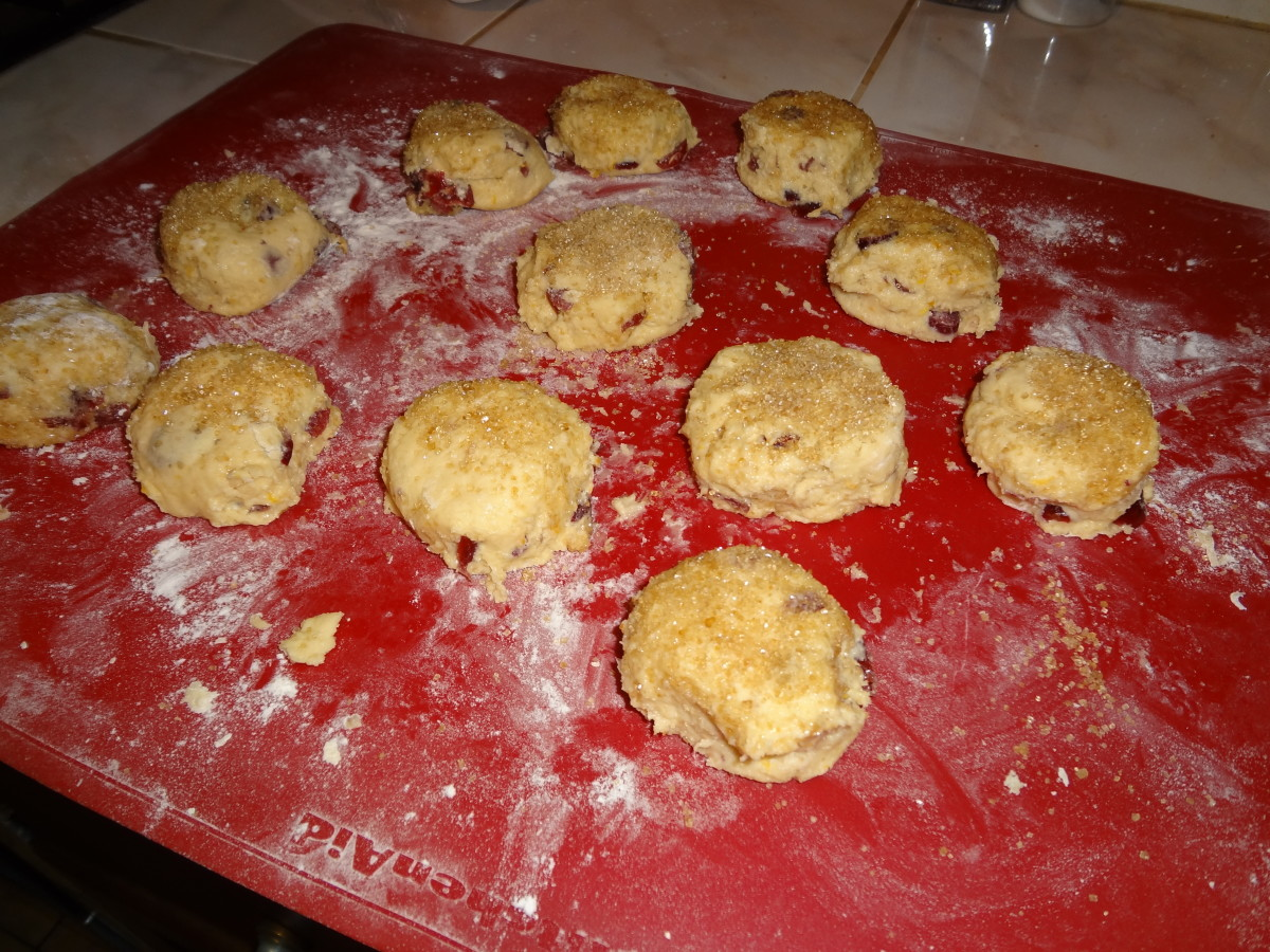 Cut out scones in rounds