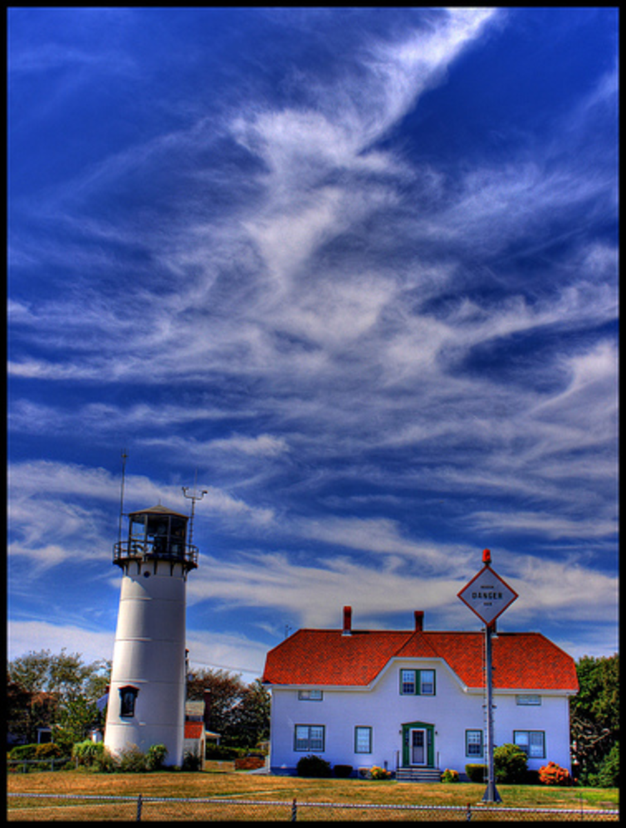 Chatham Lighthouse on flickr by twoblueday, licensed under Creative Commons 2.0.