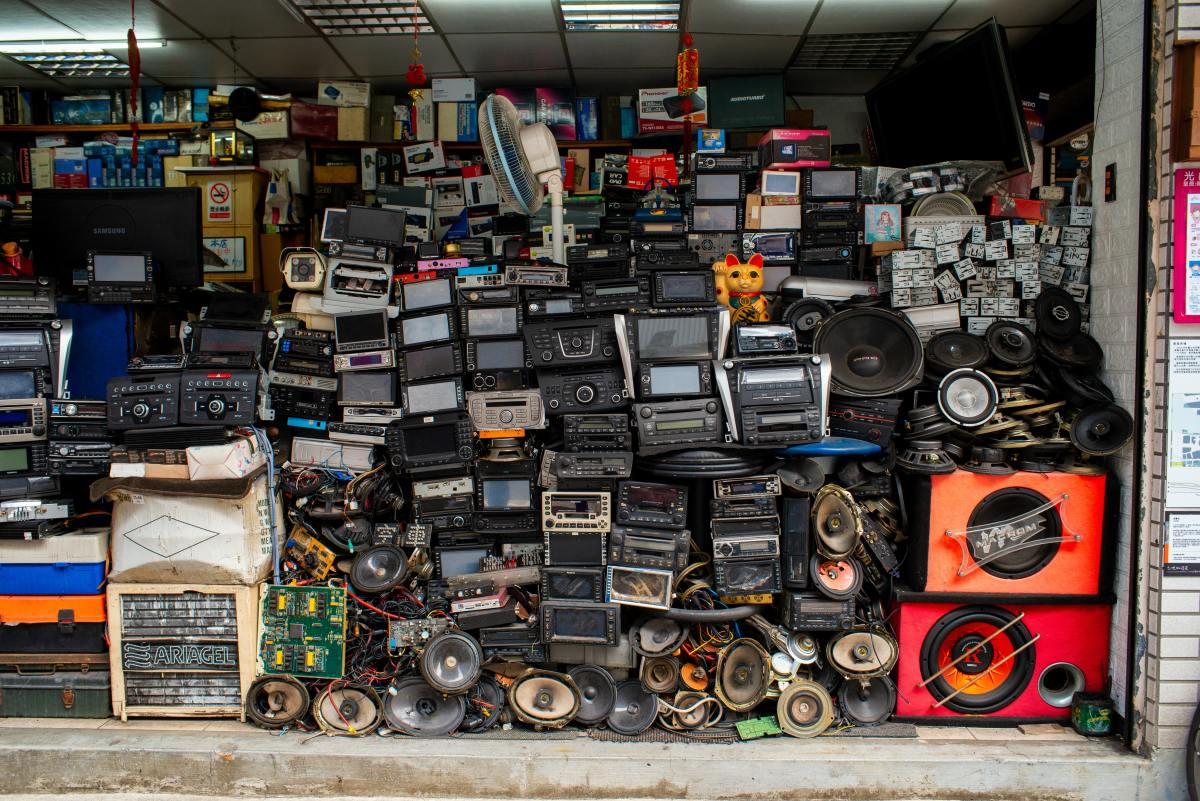 Hoarding and Squalor Syndrome are not the same, but they sometimes coincide.