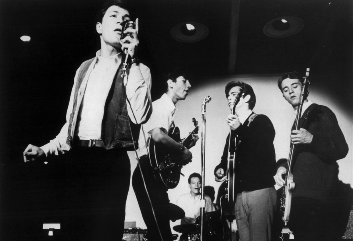 Jim McCarty (second from left) with Mitch Ryder and the Detroit Wheels