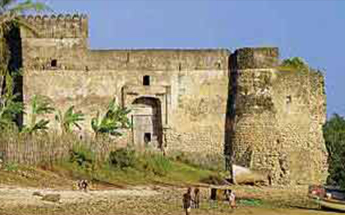 "In the Fourteenth century, Kilwa was a very fine place. One visitor described it as as ""one of the most beautiful and well constructed cities in the world."""