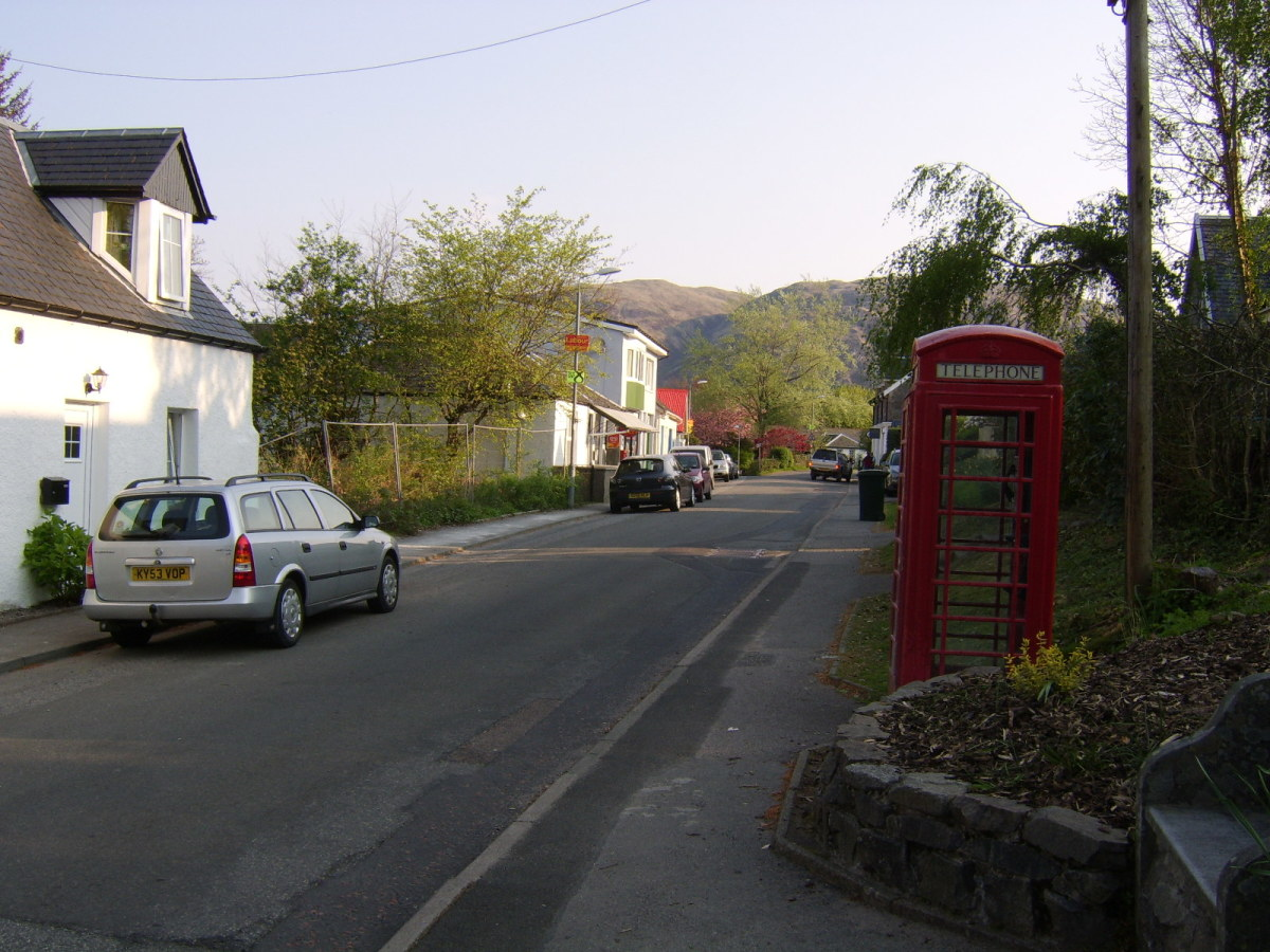 Taynuilt Main Street Looking North