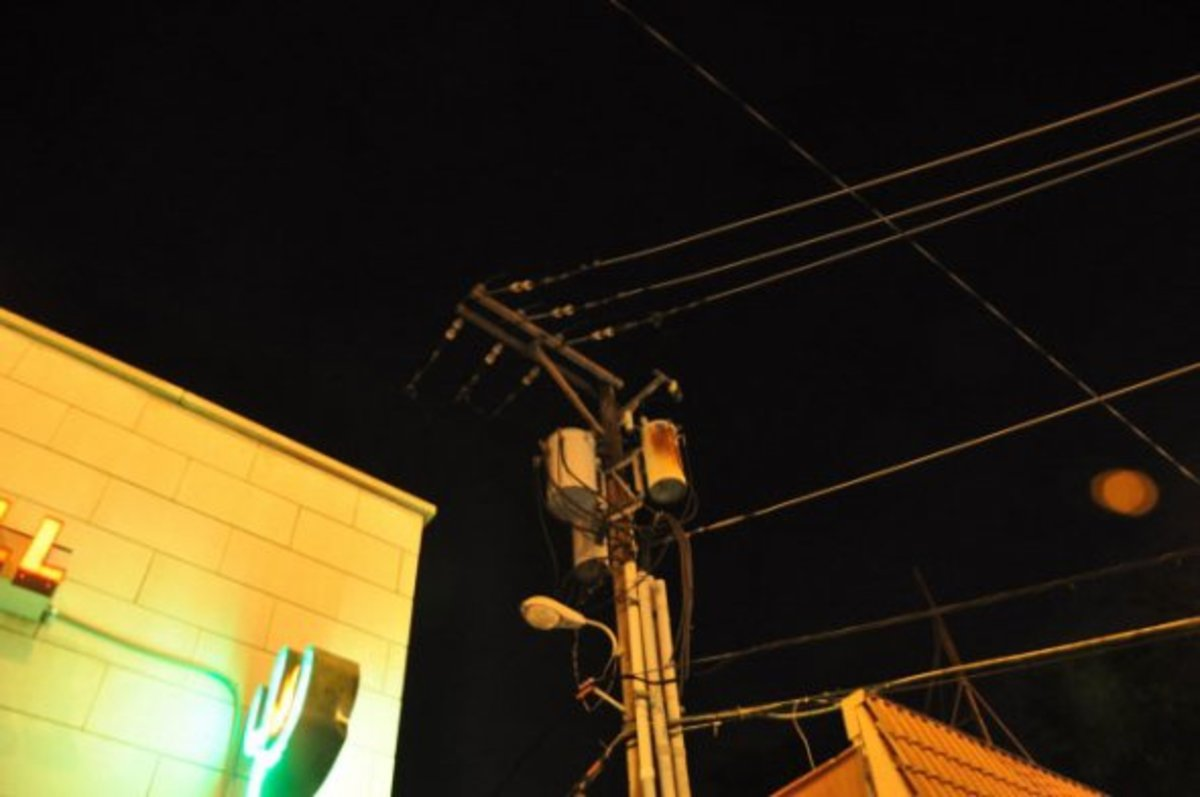 An orange orb to the right of the lamppost Dillinger died by.  Taken July 22, 2010.