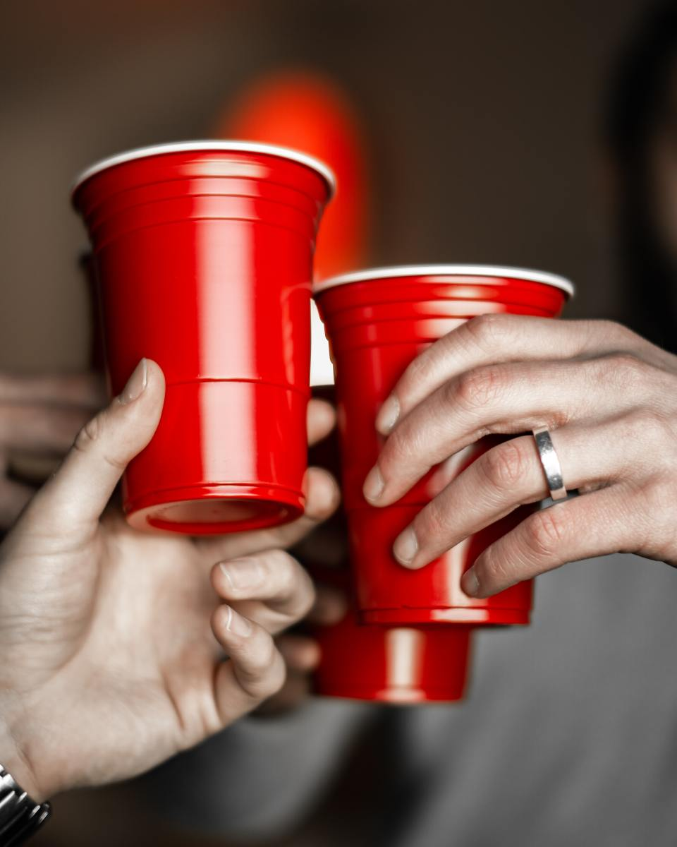 """Measure 1, 5, and 12 ounces according to the lines marked on a standard red """"Solo"""" cup."""