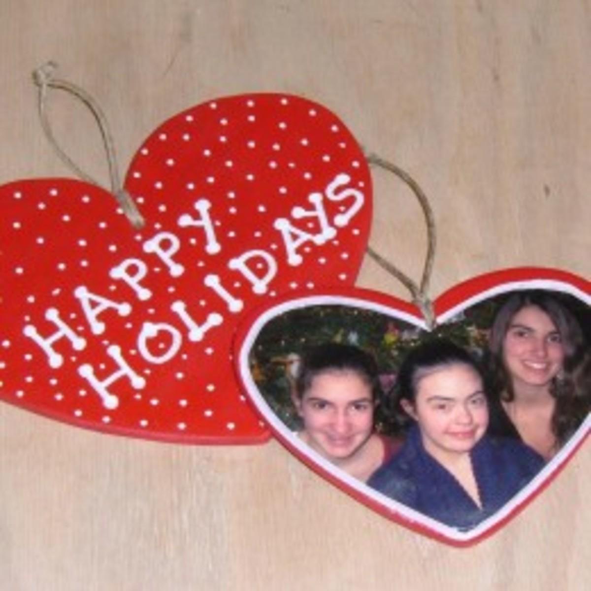 How To Make Christmas Memory Ornaments