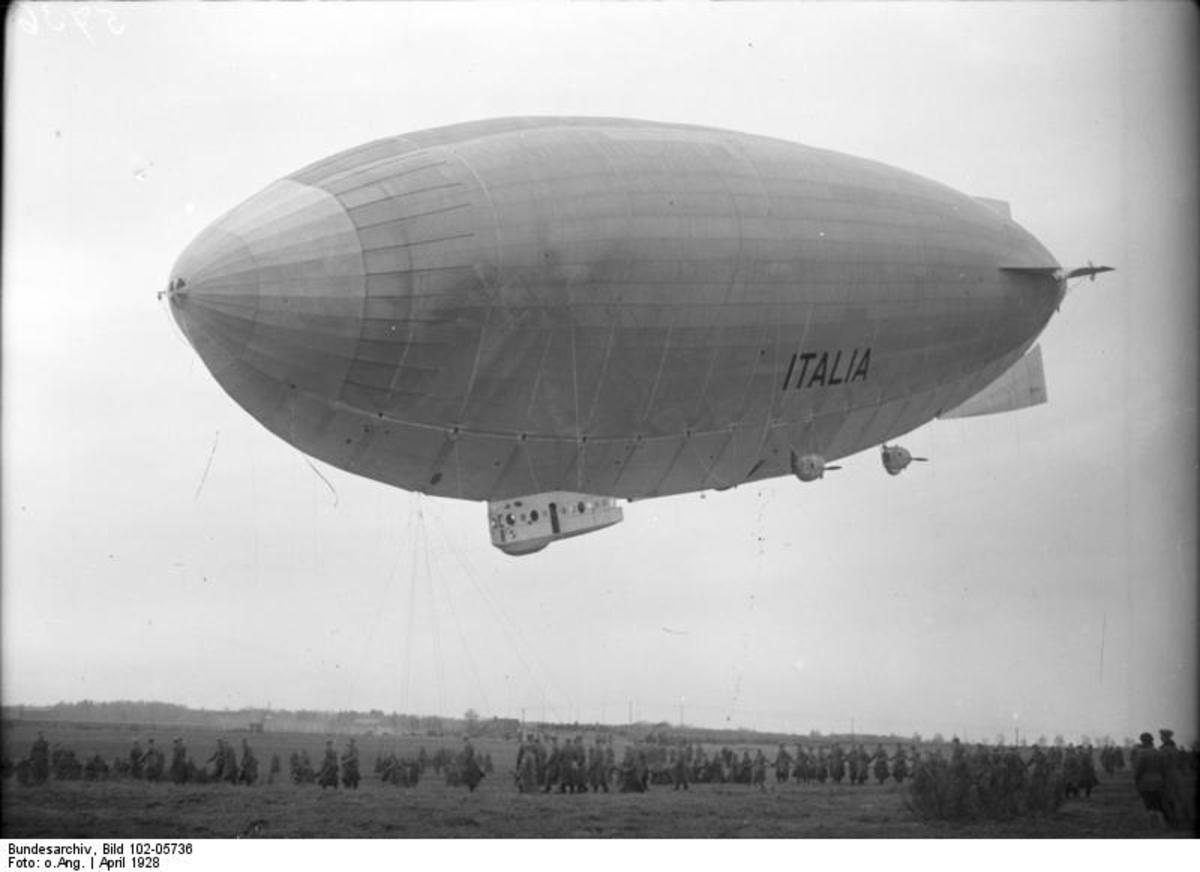Stolp, Pomerania - airship port of Seddin. Landing of the Italy airship. Photo by Georg Pahl