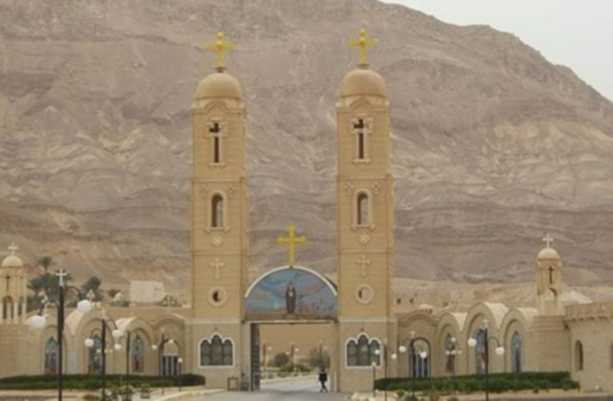 visit-the-oldest-monastery-in-the-east-the-monastery-of-antony-in-the-red-sea