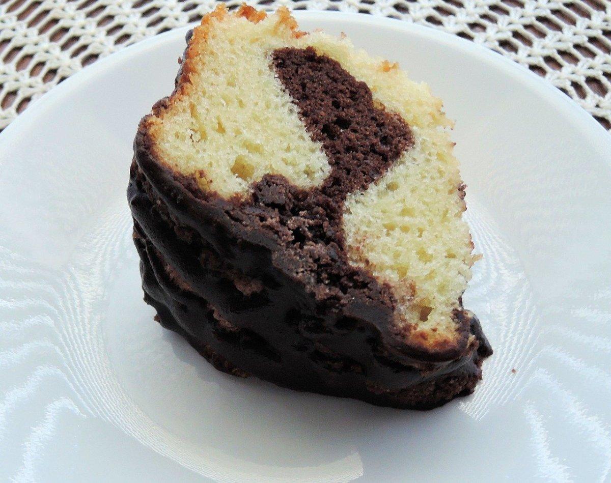 marble-cake-easy-recipe-fast-foolproof-dessert-snack-birthday