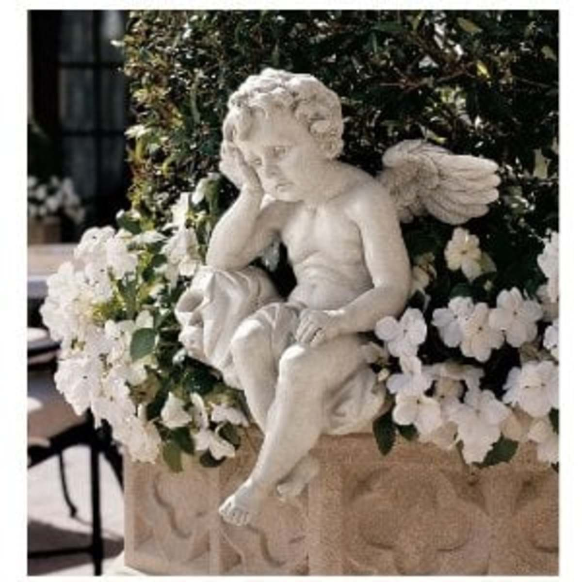Using Garden Ornaments To Accent Your Garden