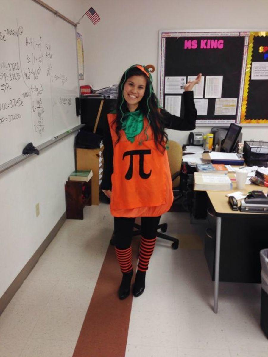 Pumpkin Pi Anyone?  Here's a fun costume for Pi Day