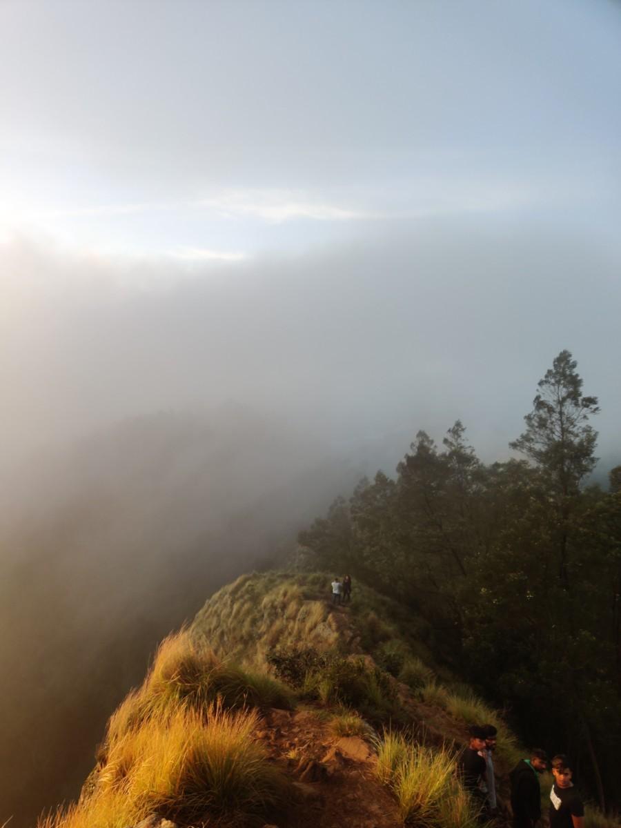 sunrise-at-kollukkumalai
