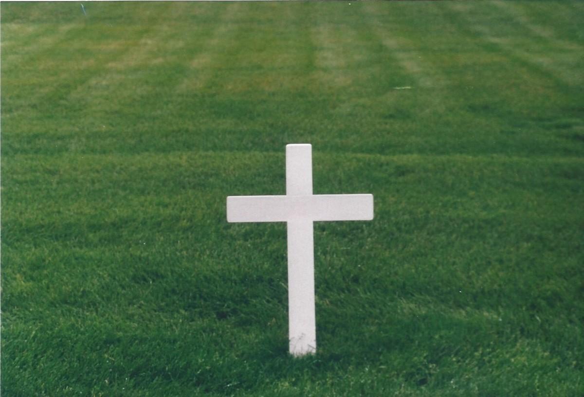 Cross at grave of Senator Robert F. Kennedy.