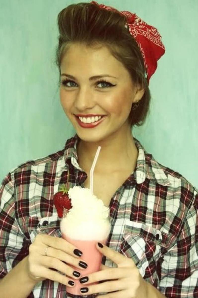 Vintage 50's Chick ;)