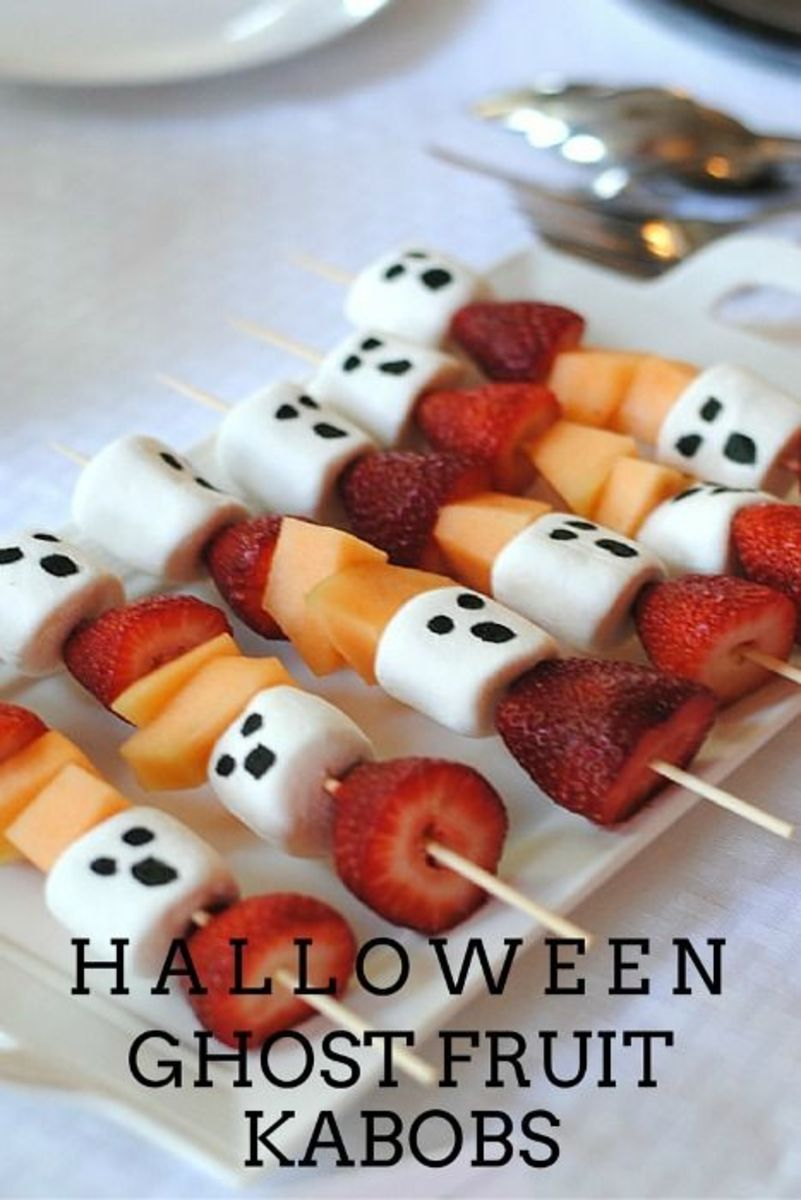 These fruit kabobs, Halloween style, are going to be a big hit at your party.  Make a lot of them!