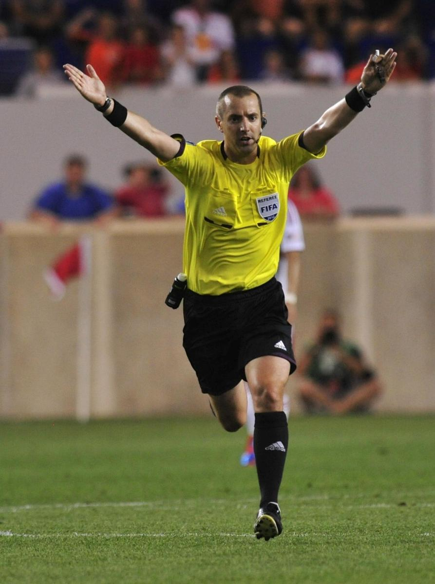 When a ref runs with their hands held horizontally, it signifies advantage.